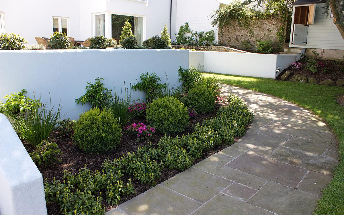 Traditional Garden Craigavad Holywood - Johnny Knox Garden ...