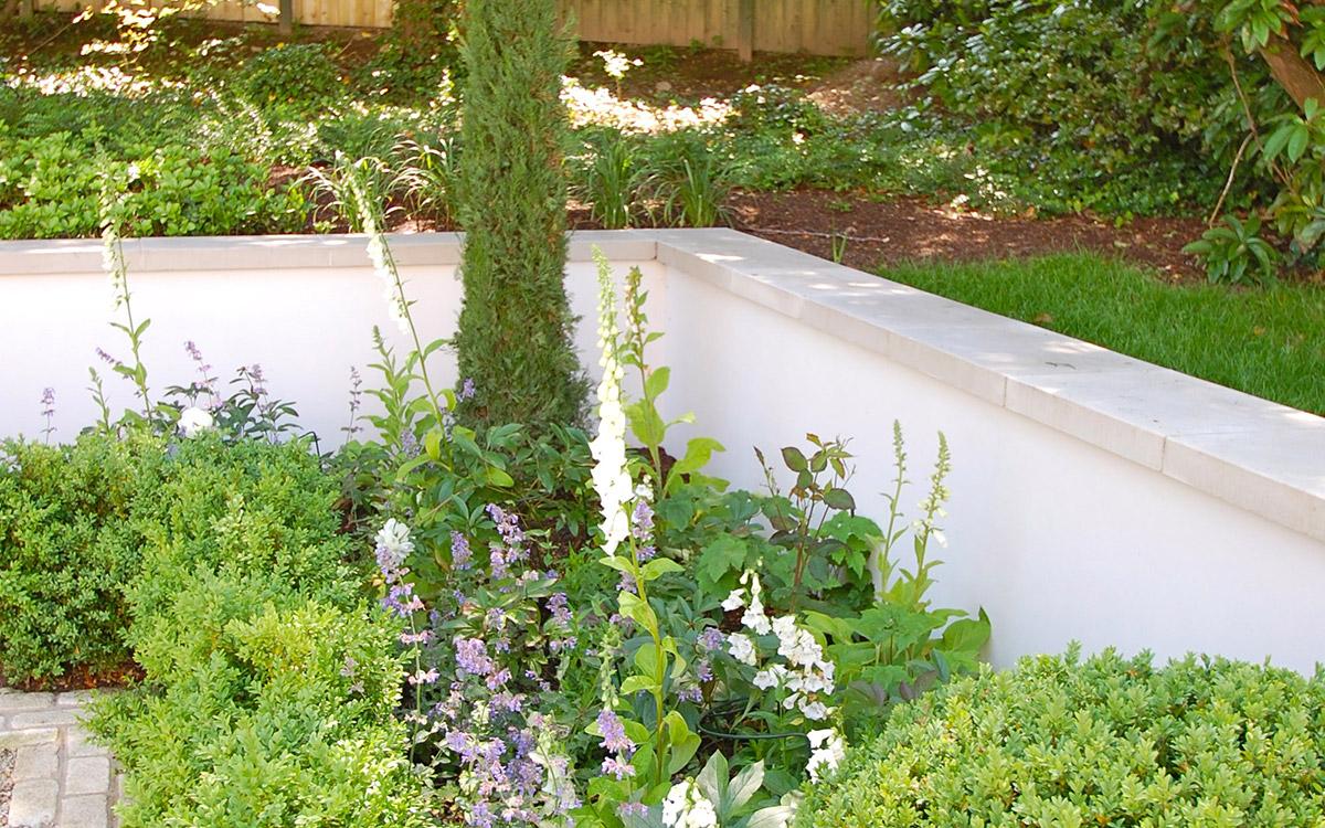Traditional garden holywood johnny knox garden design for Garden design ideas northern ireland
