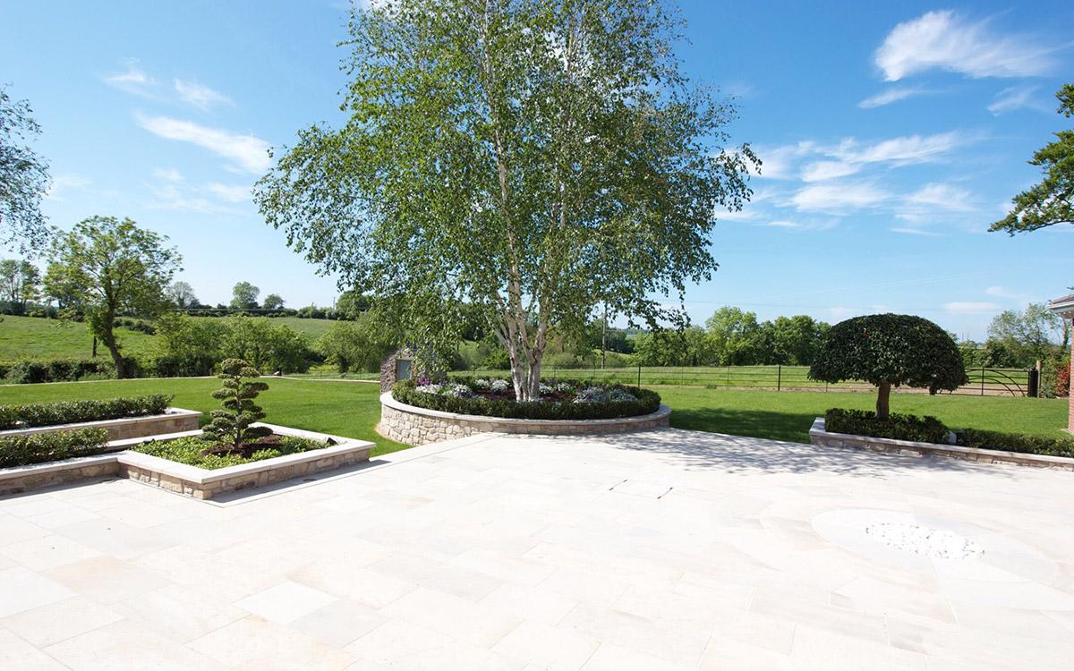 Traditional Garden Northern Ireland - Johnny Knox Garden ...