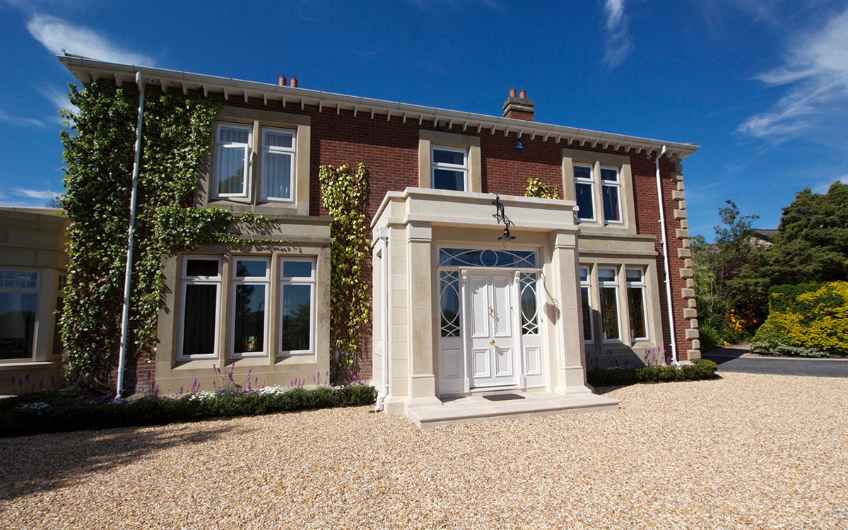 Charming traditional house designs northern ireland ideas for Garden design ideas northern ireland